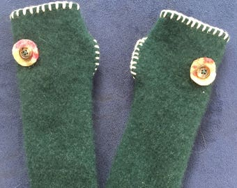 Forest green 100% upcycled cashmere fingerless gloves, handwarme, arm warmers
