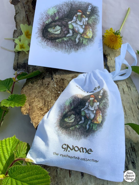 Gnome crystal collection and carry pouch