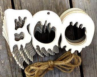 10x Wooden BOO Chain Word Craft Shapes 3mm Plywood Halloween Decoration