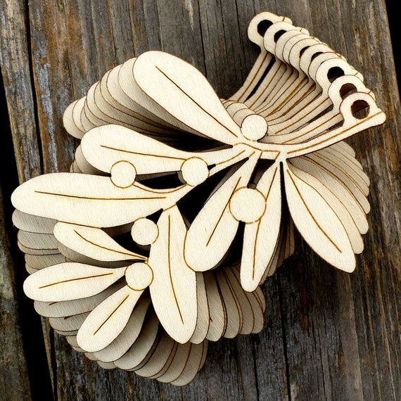 10x Wooden Mistletoe Branch Craft Shapes 3mm Plywood Christmas Plants And Trees