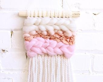 Mini blush weaving wall hanging, montreal weaving, handmade, boho montreal, surf decor, roving wool, marocain silk, nursery decor, baby