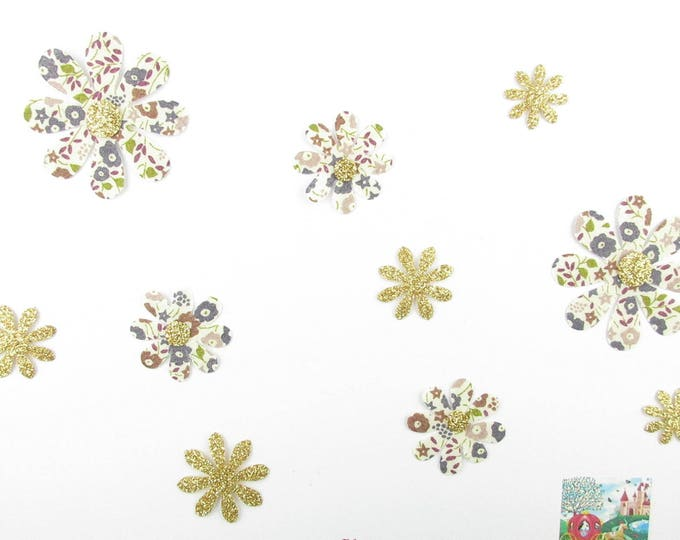 Applied flowers daisies (10) fusing liberty Fairford taupe and gold glitter flex patch iron thermocllants slip