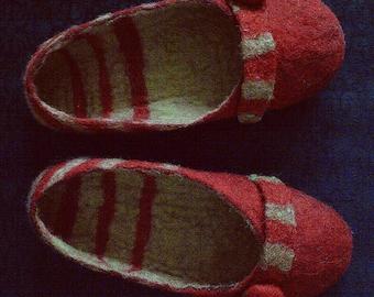 felted slippers, wet felting, handmade, unique, wool