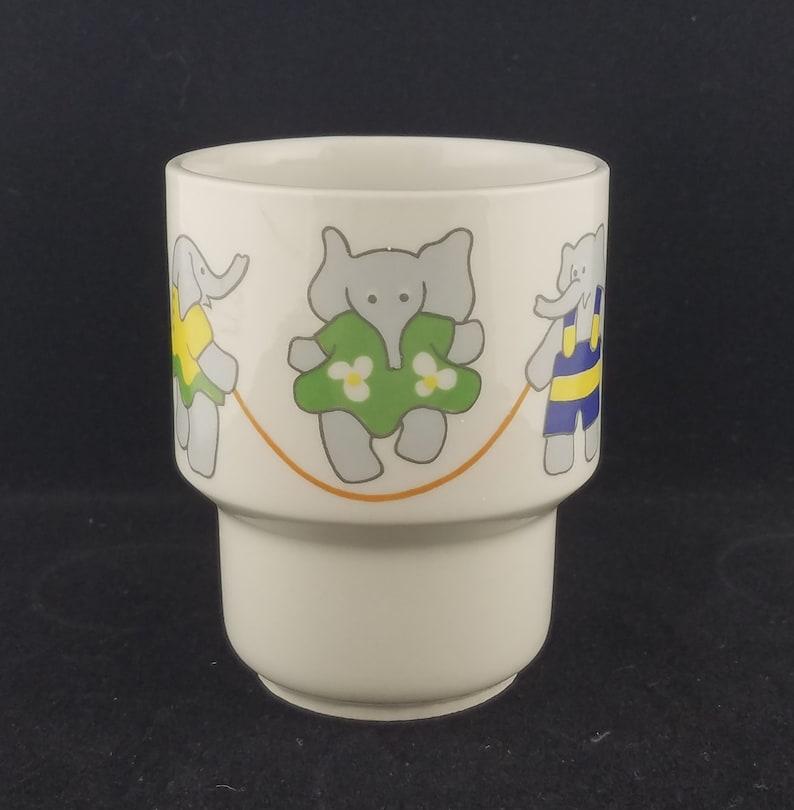 Arabia Wartsila Finland Child's Handleless Cup, Elephants Jumping Rope,  Vintage 1970's