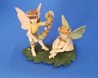 Leonardo Collection Fairies on a leaf