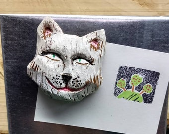 Hand carved kitty from Cottonwood bark.