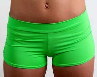 Isabella Shorts in Kiwi Green