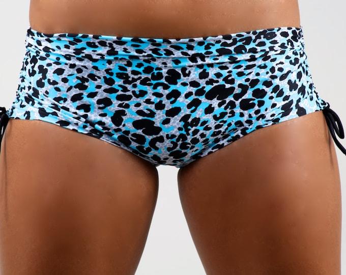 Yoga Shorts, Yoga Wear, Yoga Clothes, Dance Shorts, Dance Wear, Girls Shorts,  Pole Shorts, Short Shorts, Shorts, Hot Shorts, Shorts, in Cia