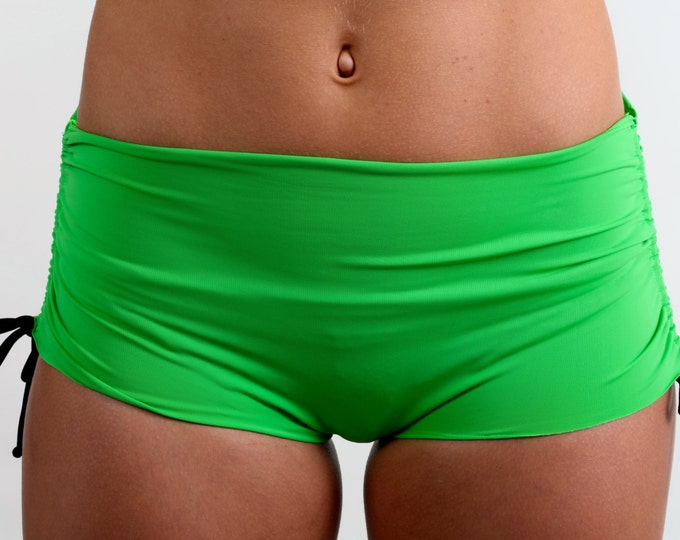 Bikini Shorts in Kiwi Green