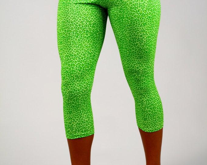 Women's Capri Green Leopard Print Leggings, Legging in Gabby