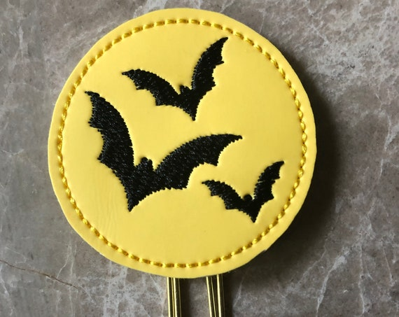 Glow In The Dark Round Bat Clip/Planner Clip/Bookmark. Glow Dark Planner Clip. Bat Planner Clip. Halloween Planner Clip. Fall Planner Clip