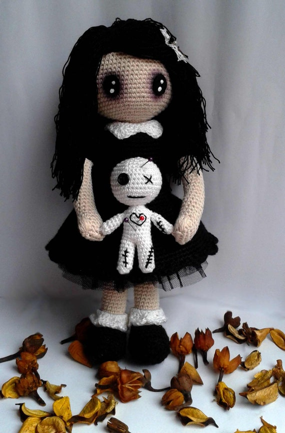 Gothic Lolita Mit Voodoo Puppe Gruselig Verflucht Etsy