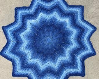 Blue baby blanket, blue star blanket, tummy time blanket, tummy time star, baby shower gift, baby boy gift, blue baby shower, blue blanket