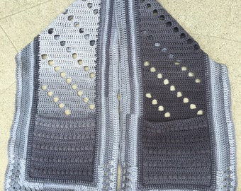 Gray pocket shawl, crochet pocket shawl, gray shawl, silver pocket shawl, gray scarf, silver scarf, scarf with pockets, hidden pockets