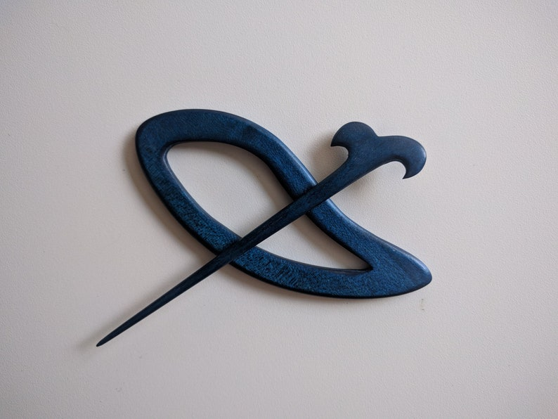 Scarf Pin Cardigan-Vest Closure Shawl Pin Medieval shawl pin Blue Dyed Shawl Pin Hair clip Wooden Shawl Pin Needle Buckle