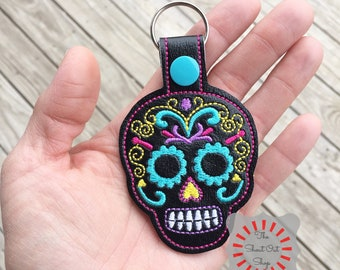Sugar Skull Keychain, Sugar Skull Keyfob, Sugar Skull Keyring, Sugar Skull Key Chain, Day Of The Dead, Skull Keychain, Halloween, Bag Tag
