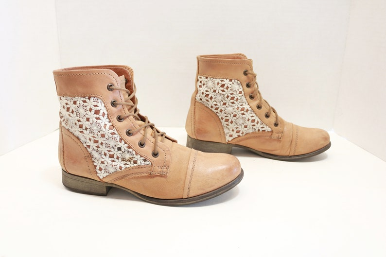 b929885b78d Steve Madden Thunder C ankle Lace-up Army Women
