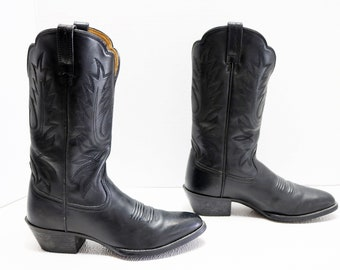 Ariat Cowgirl black  Cowboy western ankle Boots Size 6.5 B