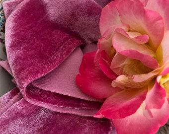 FUCHSIA hand dyed silk velvet ribbon//naturally dyed//wedding ribbon//bouquet ribbon//styling ribbon//gift ribbon//pink ribbon/velvet ribbon