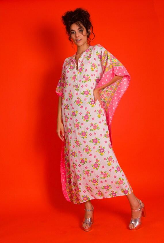 Vintage 1960's Kaftan White and Pink Floral Hippie Dress