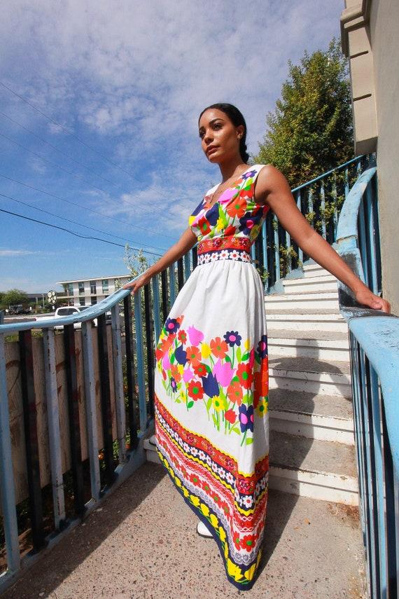Vintage 1960's Stunning Floral Dream Dress | White W/ Rainbow Colorful Flowers | Long | Wedding | Festival | Rare