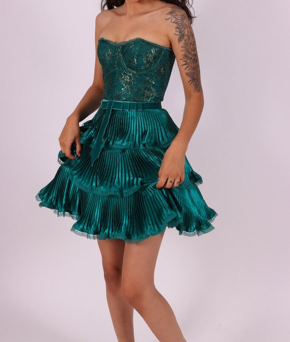 Vintage 'Betsey Johnson Evening' Emerald Green Ruffled Lace Bustier Cocktail Dress