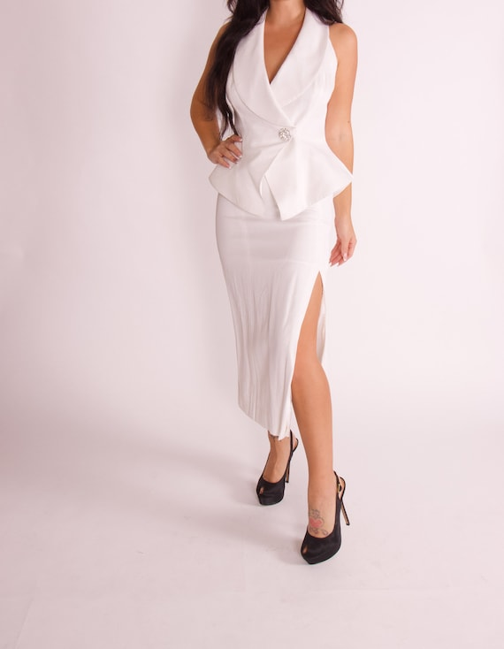 Vintage 90's 'En Francais' White Two Piece Matching Set W/ Peplum Halter Top and High Waisted Skirt