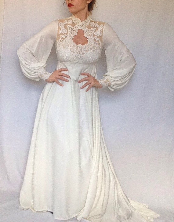 Vintage New York Bianchi 1960's Wedding Dress | Key Hole | Collar | Lace | Long Sleeve | Sheer | Train | Long | Retro | Boho | Cuffed
