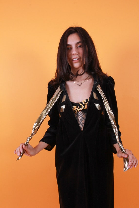 Vintage 'Oscar De La Renta' for Neiman Marcus Black Velvet Duster Robe | Metallic Gold Lame Bow | Kaftan | Disco | Festival