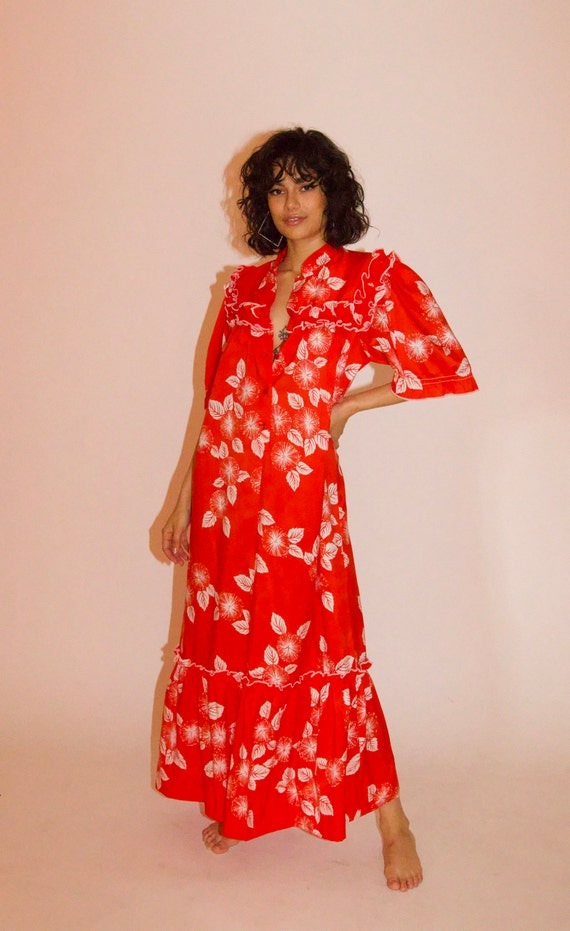 Vintage 70's Red and White Tropical Hawaiian Kaftan Dress