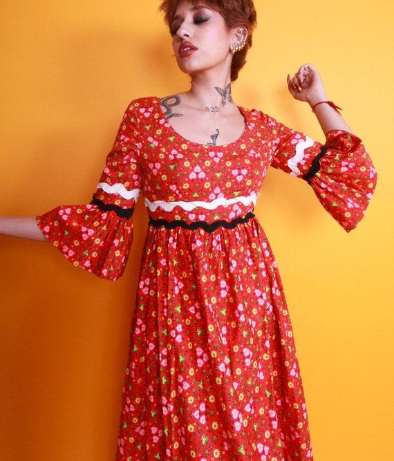 Vintage 'Roberta Lynn of California' Bohemian Red Vibrant Floral Bell Sleeve Dress | Peasant | Renaissance | Prairie