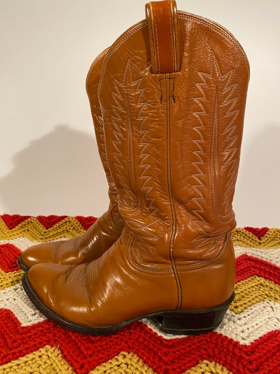 Vintage Men's 'Tony Lama' Caramel Brown Leather Cowboy Boot | Western | Cowgirl | Country | Honky Tonk