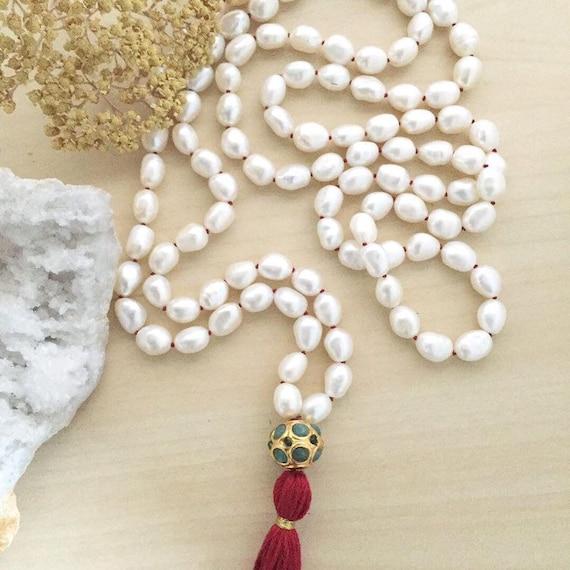 Mother of Pearl Mala Guru Bead Set Beads 10mm Pale Cream  Art Hobby Jewellery