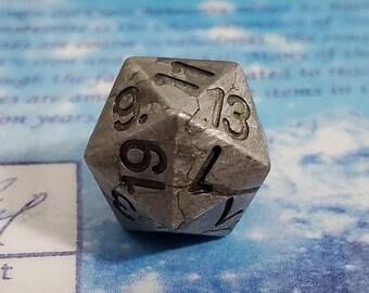 Zucati Dice EleMetal™ Meteorite 14mm D20 Die - Campo Del Cielo - Clean 1/2