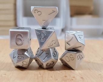 Zucati Dice EleMetal™ Aluminum Polyhedral Set of 7 - Natural Silver