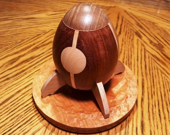 CP03 Hardwood Personal Desk Rocket with 3D Moon Crater Base