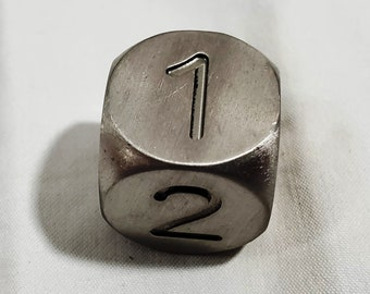 Zucati Dice EleMetal™ Titanium D6