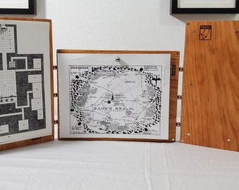 Clean and Simple Zucati Dungeon Master Screen  - Cherry Hardwood