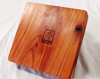 Zucati Dice Case / Tray / Rolling Surface Player Core - Aromatic Cedar