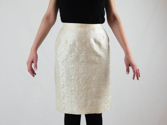 80s silk skirt, cream white skirt, longuette style