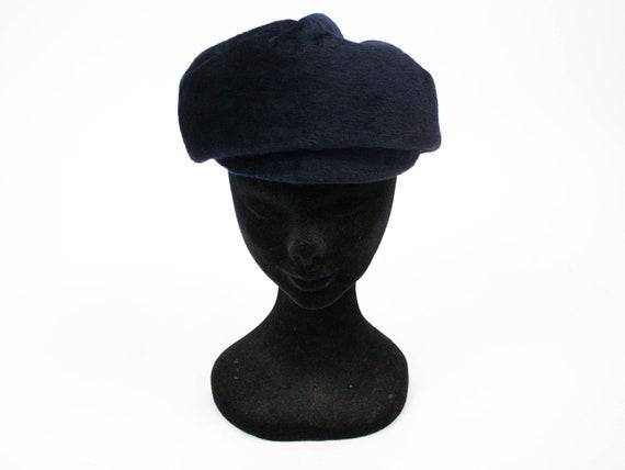 Blue vintage 1987 Liz Clairborne 100/% wool beret