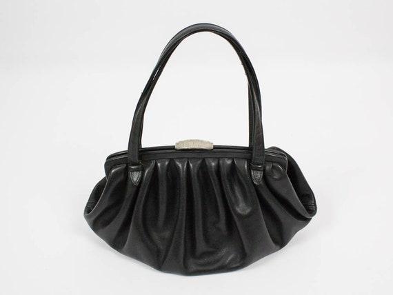 sale retailer d2c0e 30c66 50er Jahre Vintage Handtasche, Tasche aus echtem Leder, schwarz, Silber  Farbe Verschluss, Henkeltasche, authentische fünfziger Jahre, schwarzes  Leder ...