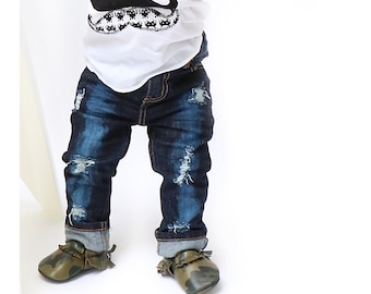Sasha Jeans - Unisex baby , toddler , kids - hand - distressed jeans -  skinny fit (Sizes 6m-12y)  denim - ripped / destructed