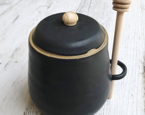 Honey Pot and Dipper - black