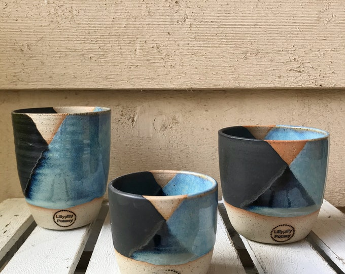 Handmade ceramic tumbler/keep cup - Geometrix in black and blue - gifts for her - gifts for mum - modern decor - latte cup