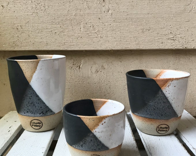 Handmade ceramic travel cup/tumbler black and white - gifts for her - gifts for sister - gifts for mum - modern decor - latte cup - keep cup