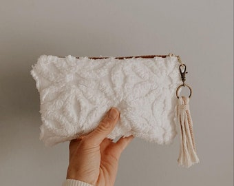 ANTHRO inspired essential oil bag- WHITE daisy