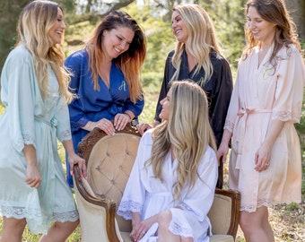 Bridesmaid Robes Bridal robes Wedding robes Lace Robes Bridesmaid Gifts Bridal Party Robes Personalized Bridesmaid Robes