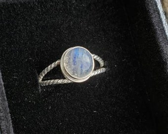 .925 sterling silver Size 6.4 Rainbow moonstone ring Half round ring band.
