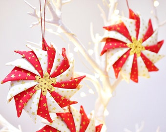 Patchwork Pinwheel Christmas Decoration
